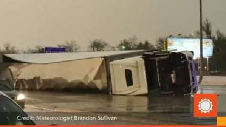 USA - Co najmniej trzy tornada w środę przeszły nad stanami Arkansas i Oklahoma 8