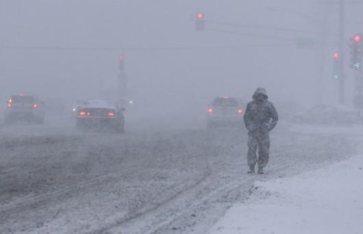 USA - Silna śnieżyca uderzyła w środkowo-zachodnią część kraju 2