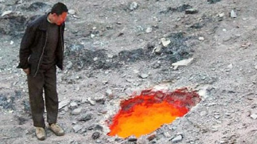 Ürümqi, Chiny - Płonące dziury w prowincji Sinciang 1