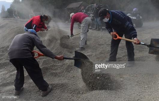 Chile - Po erupcji wulkanu Calbuco powstały spływy błotne i lahary 15