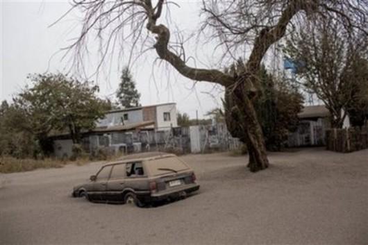 Chile - Po erupcji wulkanu Calbuco powstały spływy błotne i lahary 6