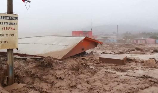 Chile - Rzeki błota na pustyni Atakama