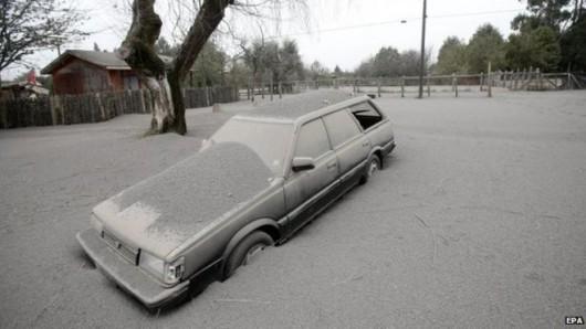 Chile - Wulkan Calbuco zasypuje popiołem okoliczne miasta 2