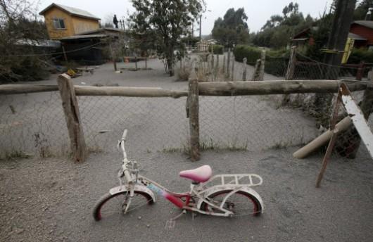 Chile - Wulkan Calbuco zasypuje popiołem okoliczne miasta 8