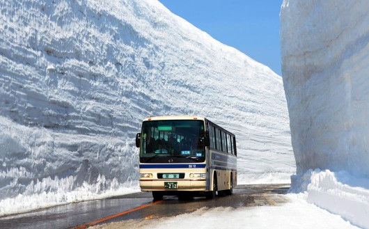 Popular sightseeing road fully opened in central Japan