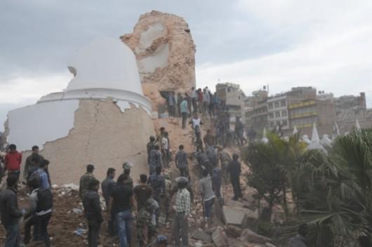 Katmandu, Nepal - Bardzo silne trzęsienie ziemi, magnituda 7.9 w skali Richtera 16