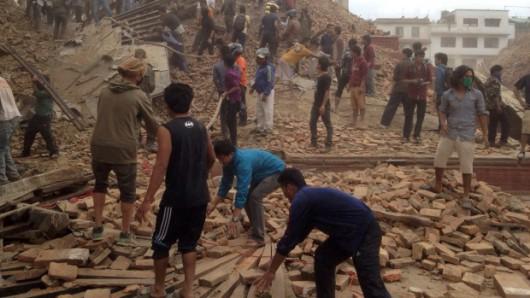Katmandu, Nepal - Bardzo silne trzęsienie ziemi, magnituda 7.9 w skali Richtera 24