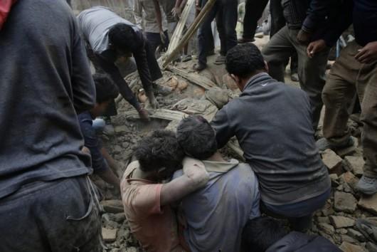 Katmandu, Nepal - Bardzo silne trzęsienie ziemi, magnituda 7.9 w skali Richtera 5