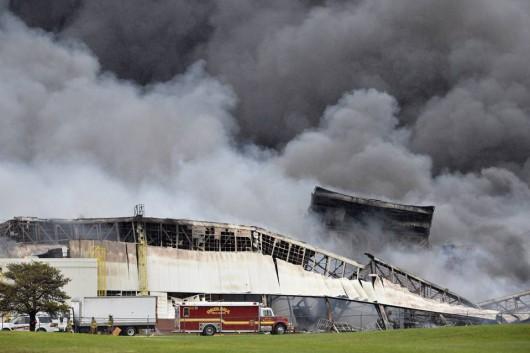 Louisville, USA - Ogromny pożar w fabryce General Electric 3