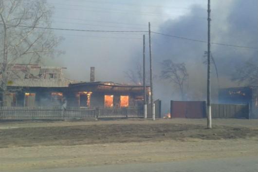 Rosja - Ogromne pożary na Syberii, w 38 miejscowościach spłonęło ponad 1200 domów 1