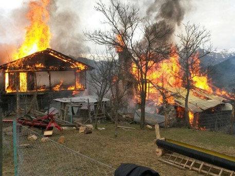 Rosja - Ogromne pożary na Syberii, w 38 miejscowościach spłonęło ponad 1200 domów 9