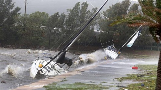 Sydney, Australia - Ogromna burza pozbawiła prądu 200 tysięcy osób 14