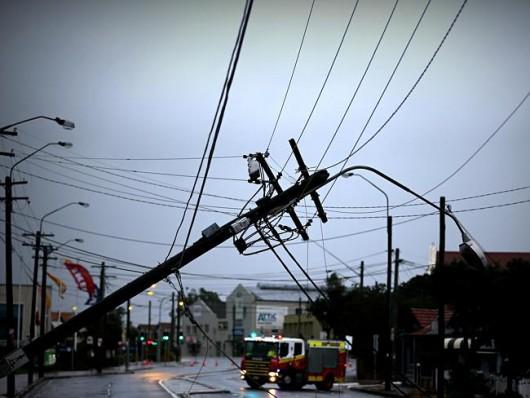 Sydney, Australia - Ogromna burza pozbawiła prądu 200 tysięcy osób 4
