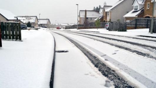 Szkocja - Wróciła zima, najpierw spadły 2 cm gradu, później śnieg i mróz 3