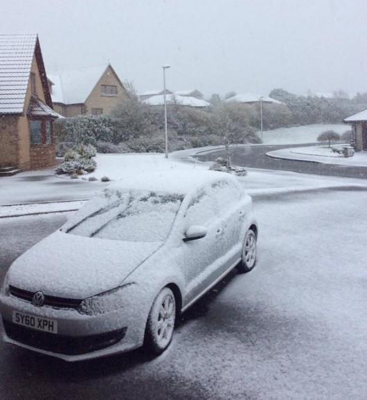 Szkocja - Wróciła zima, najpierw spadły 2 cm gradu, później śnieg i mróz 5