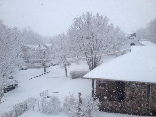 Szkocja - Wróciła zima, najpierw spadły 2 cm gradu, później śnieg i mróz