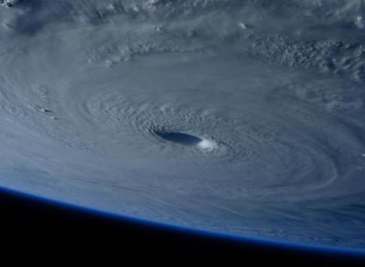 Tajfun Maysak