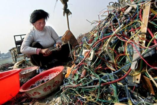 W Chinach ponad 100 tys. osób prac przy odzysku surowców