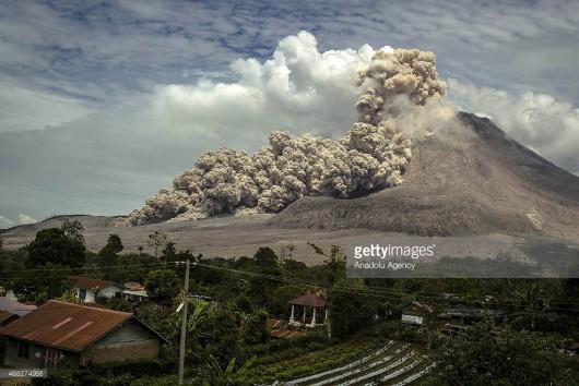 Wulkan Sinabung, Indonezja