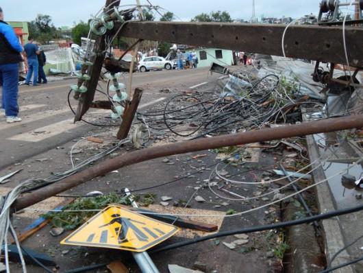 Xanxere, Brazylia - Potężne tornado w 5 minut zniszczyło 2600 gospodarstw 5