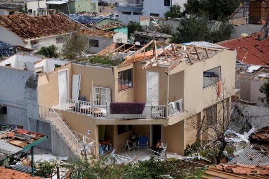 Xanxere, Brazylia - Potężne tornado w 5 minut zniszczyło 2600 gospodarstw 7