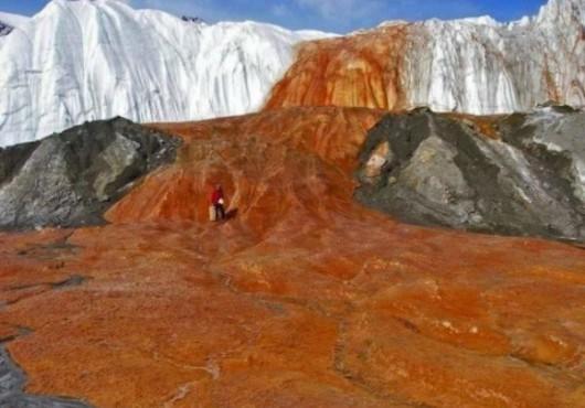 Antarktyda - Rozwiązano zagadkę krwawych wodospadów na Lodowcu Taylor 5