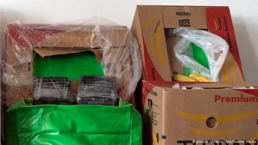 Berlin, Niemcy - Do kilkunastu supermarketów sieci Aldi dotarły banany z Kolumbii wraz z 386 kilogramami kokainy 1