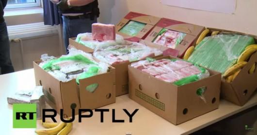 Berlin, Niemcy - Do kilkunastu supermarketów sieci Aldi dotarły banany z Kolumbii wraz z 386 kilogramami kokainy 3