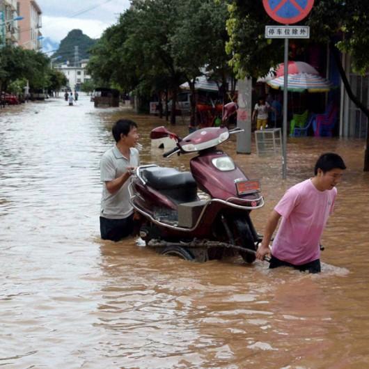 Chiny - W 15 godzin spadło 115 litrów deszczu na metr kwadratowy 1