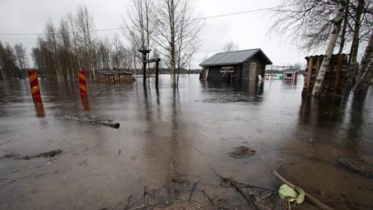 Asuintalot vaarassa kastua Pudasjärvellä