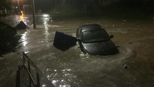 Kalifornia - Ulewne deszcze podczas suszy
