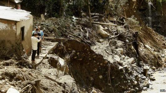 Kolumbia - Lawina błotna zniszczyła miasto Saglar, co najmniej 92 ofiary śmiertelne 3