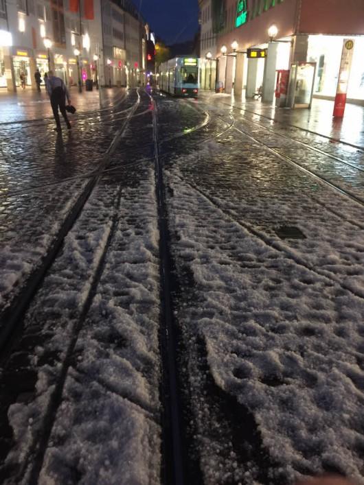 Niemcy - Gradobicia, powodzie i dwie osoby rażone piorunem 4