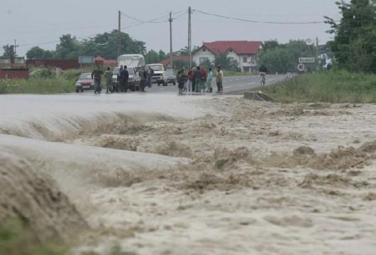 Rumunia - Wiele gospodarstw domowych znalazło się pod wodą 4