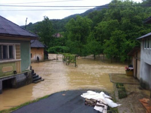 Rumunia - Wiele gospodarstw domowych znalazło się pod wodą