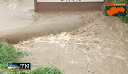Słowacja - Ulewne deszcze zalały domy i drogi 4