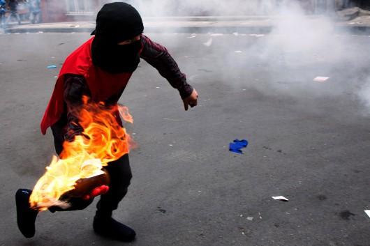 Stambuł, Turcja - Antyrządowe starcia z policją 1