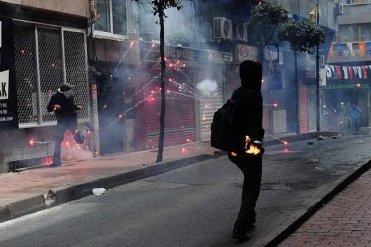Stambuł, Turcja - Antyrządowe starcia z policją 2