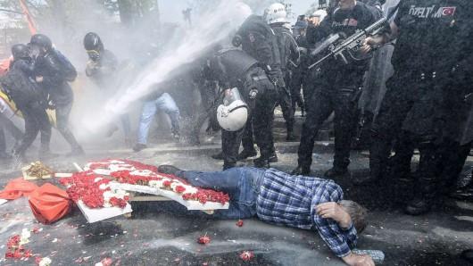 Stambuł, Turcja - Antyrządowe starcia z policją 6