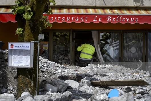 Szwajcaria - Ogłoszono pomarańczowy alert pogodowy, spadło 130 lmkw deszczu 2