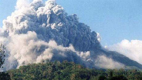 Tajfun Noul kieruje się na Filipiny, obudził się również wulkan Bulusan 2