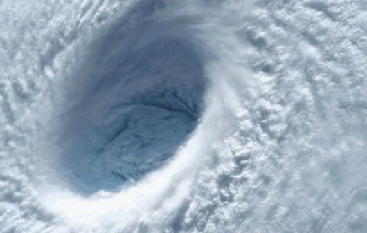 Tajfun Noul kieruje się na Filipiny, obudził się również wulkan Bulusan 3
