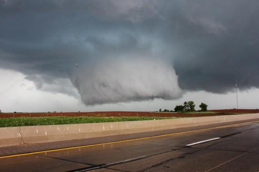 USA - 19 tornad w sześciu stanach w jeden dzień