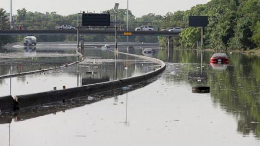 USA - Pogarsza się sytuacja powodziowa w Teksasie 2