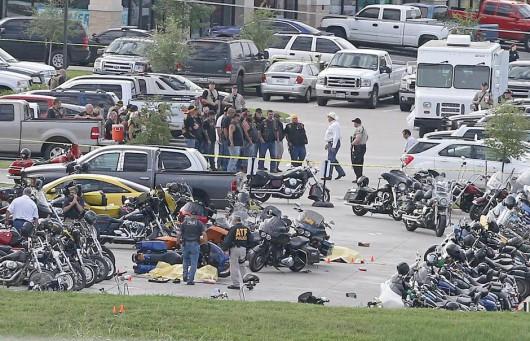 Waco, USA - Strzelanina pięciu gangów motocyklowych w jednym barze, zginęło 9 osób, 18 rannych, 192 osoby aresztowane