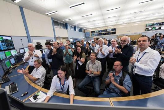 Chwila ogłoszenia stabilności wiazek w centrum sterowania LHC /Maximilien Brice/CERN
