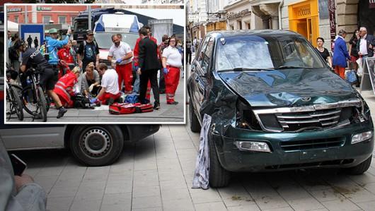 Graz, Austria - Szaleniec rozjeżdżał ludzi samochodem terenowym i atakował nożem 3