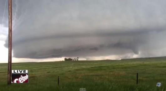 Kolorado, USA - Kilka tornad zniszczyło 30 domów 2