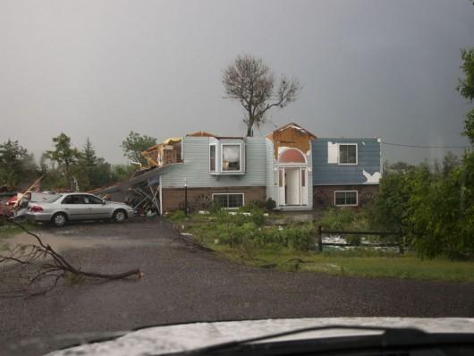 Kolorado, USA - Kilka tornad zniszczyło 30 domów 3
