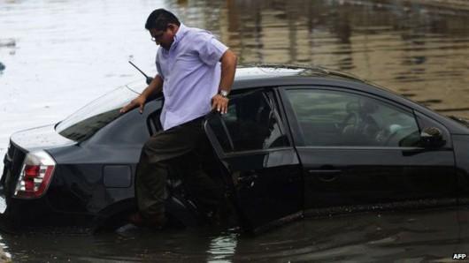 Meksyk - Huragan Carlos przyniósł obfite opady deszczu 5